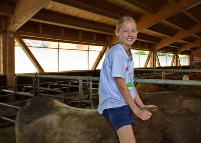 Michaela bei ihren Tieren